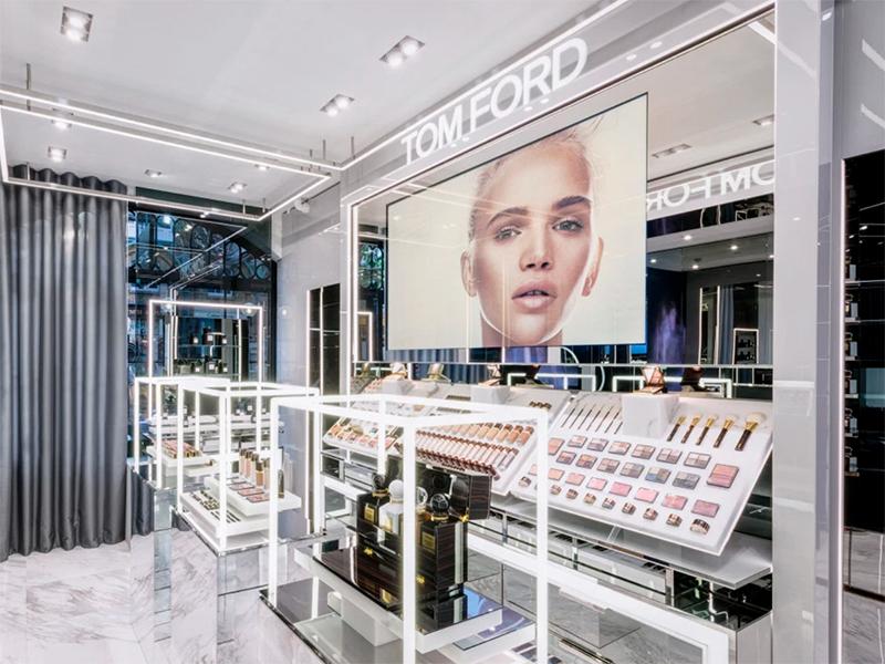 b01908373f Tom Ford inaugura su primera tienda exclusiva de belleza en Londres