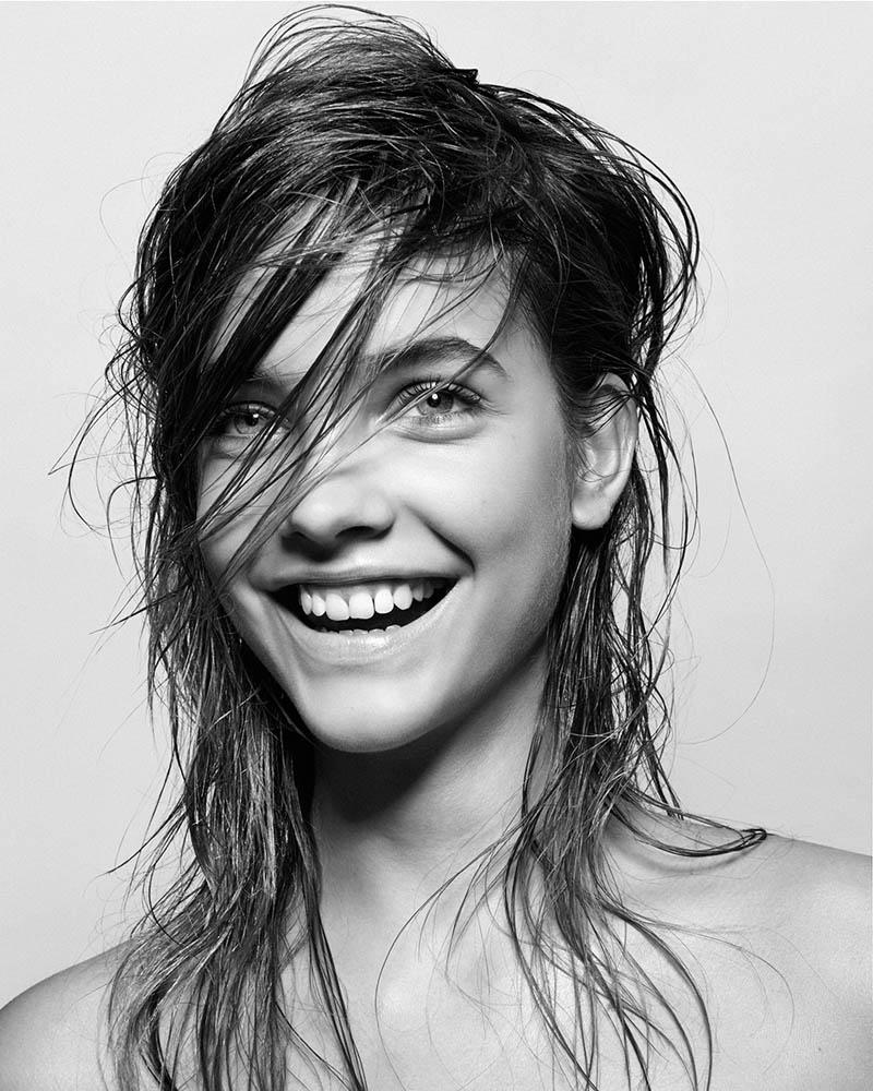 ¿Qué pasa realmente cuando duermes con el pelo mojado?