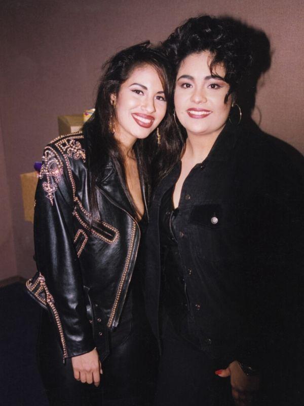 Selena y Suzette Quintanilla