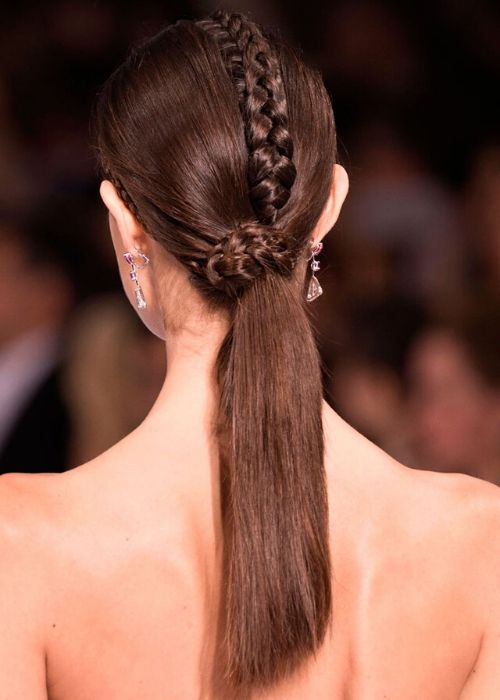 8 maneras diferentes de usar una ponytail