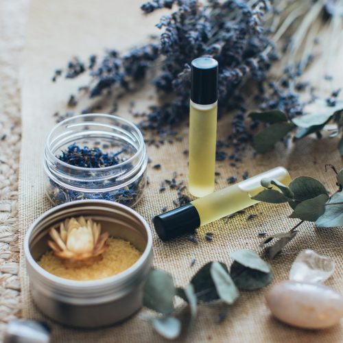 lavender-and-massage-oils-3865676