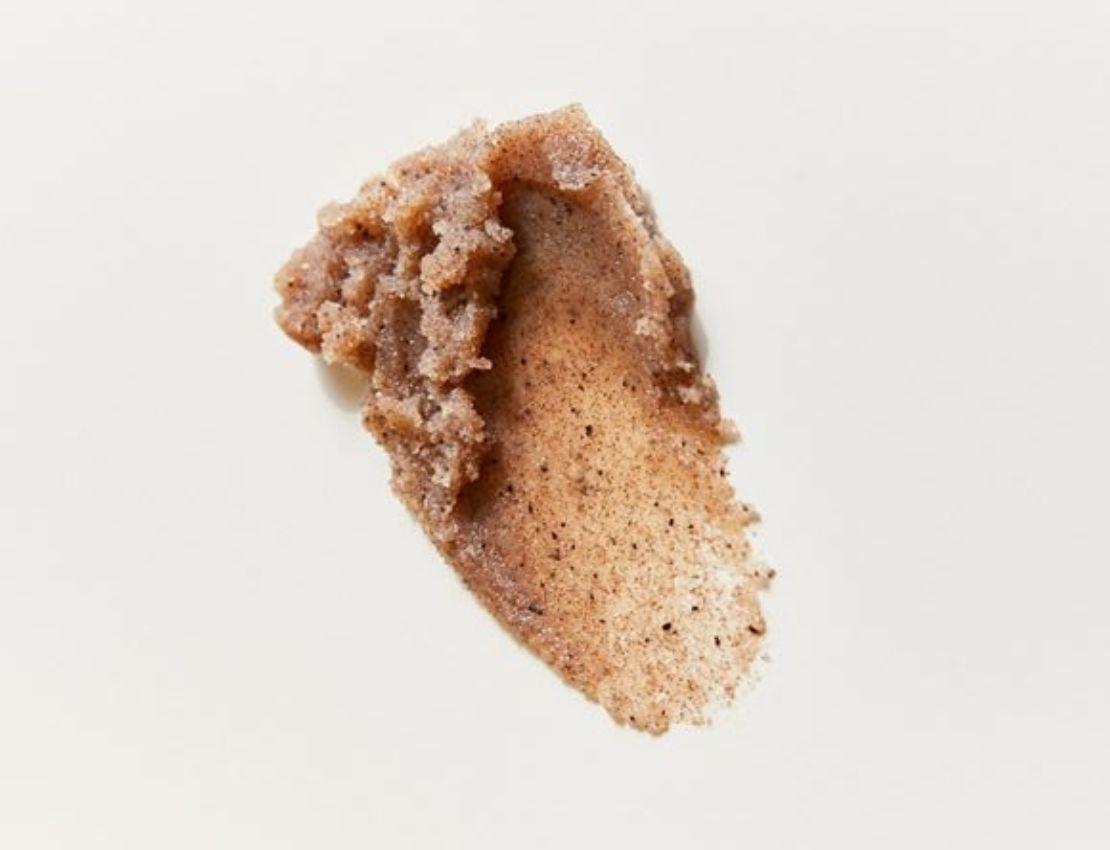 Los efectos del azúcar en la piel y cómo combatirlos