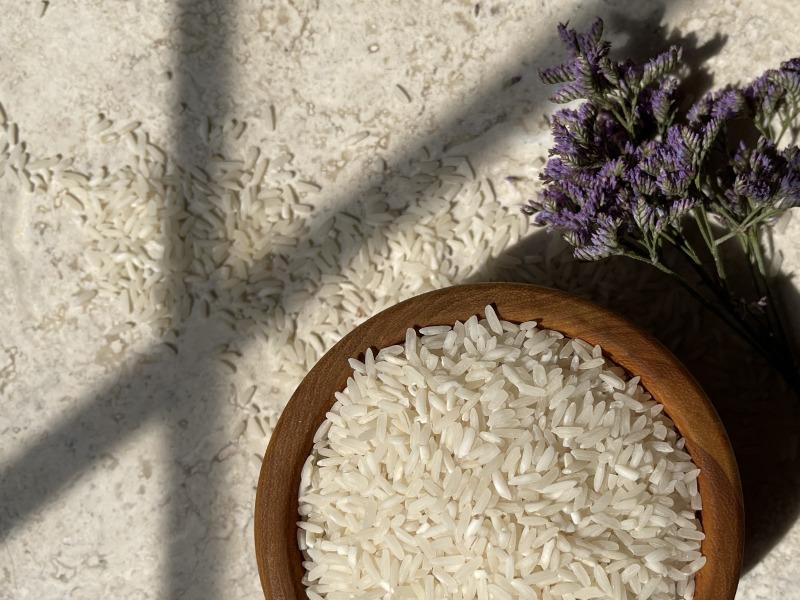 Como hacer agua de arroz para el pelo